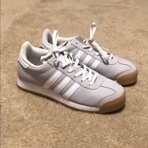 Adidas sneakers sz 8